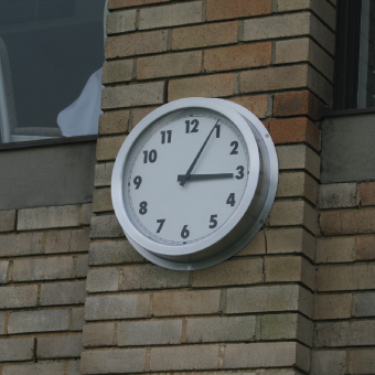 Northbridge Golf Outdoor Clock